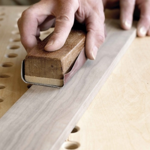 Schleifen von Holz - Beiseitigung von Kratzern